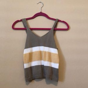 XS OLIVE SWEATER CROP